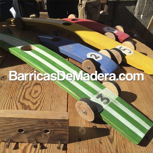 Coche-con-duelas-de-barricas-usadas-lahabanadecoracion