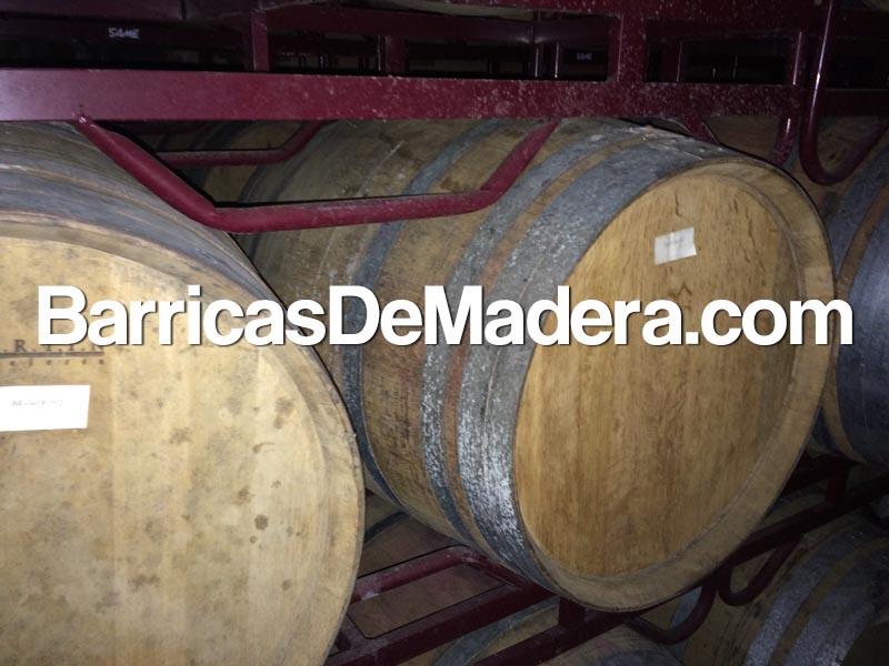 barricas de madera toneles