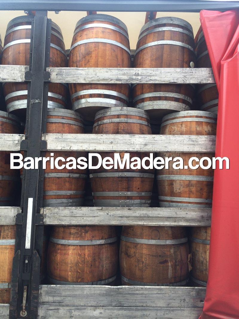 barrels-casks-weinfass-barrique-barriles-barricas-usadas