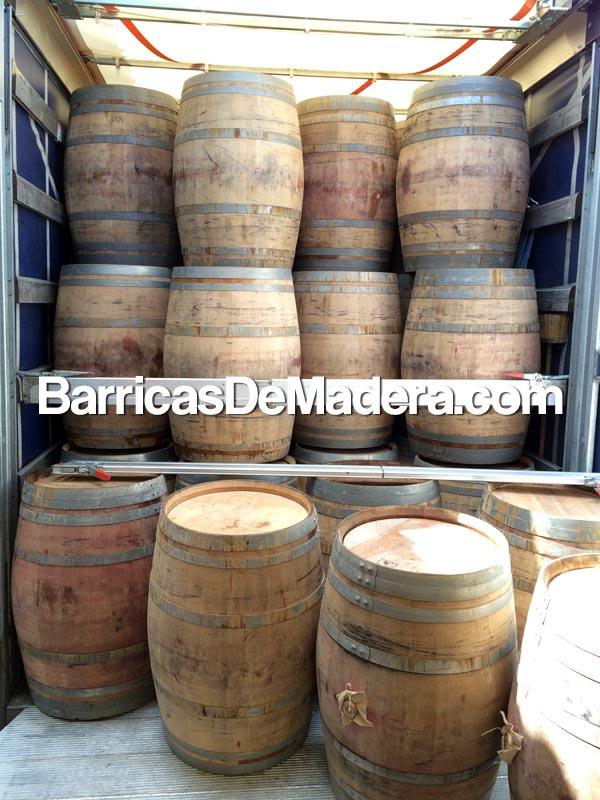 barricas-barriques-holzfass-wine-casks-barrels-botti-vino-usate