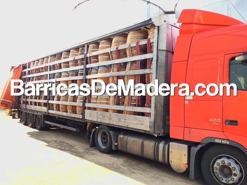full-truck-load-used-barrels-barricas-vino-usadas