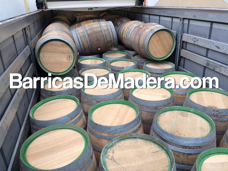 reclaimed-oak-barrels- (1)