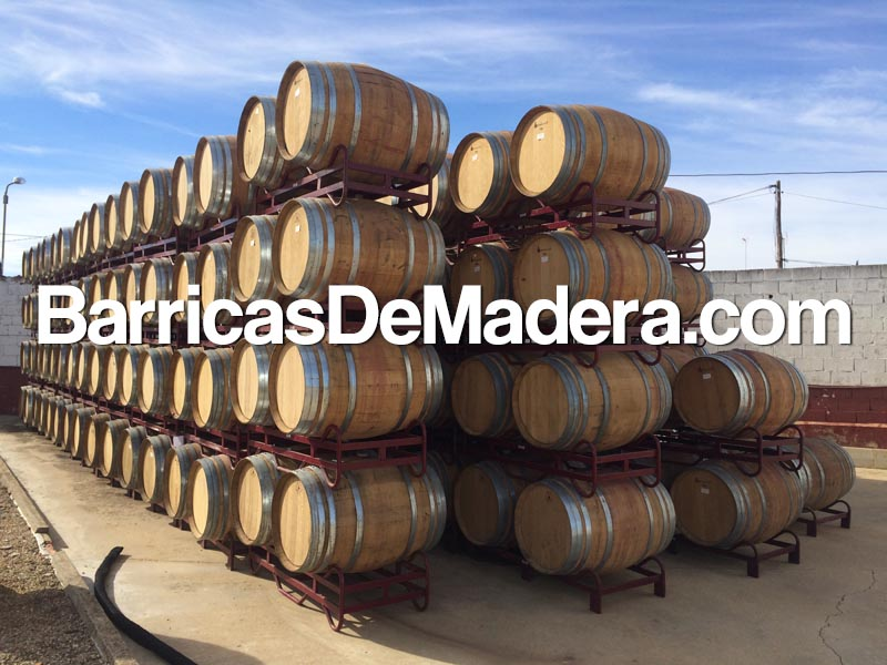 used-barrels-casks-full-truck (2)