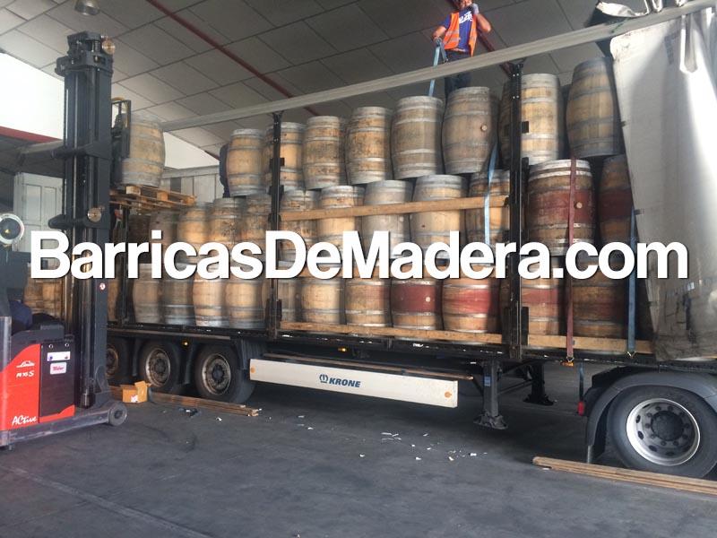 used-casks-barrels-barriques-holzfass-weinfass-barricas