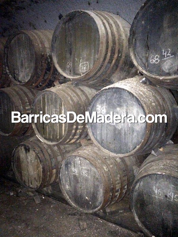 used-oak-casks-spain-trader