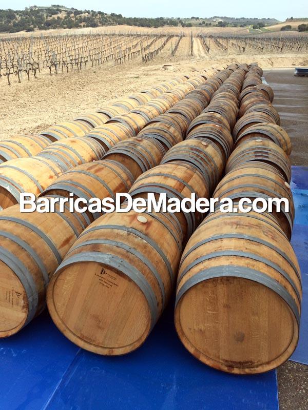 used-wine-barrels-oak-300-liters