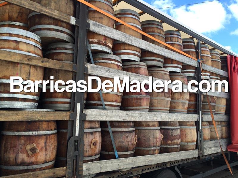 used-wine-barrels-spain-wine-oak-full-truck-load-botti-vino-usate
