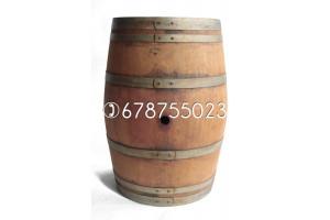 Barricas de 225 litros - Acabado: barniz roble
